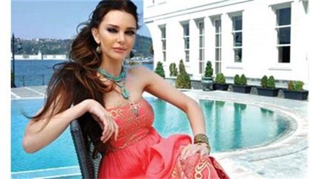 Hande Ataizi: Aaa Ramazanda mıyız?
